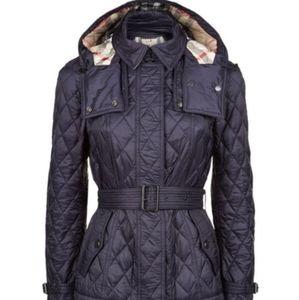 Burberry Short Finsbridge Quilted Jacket Navy Blue